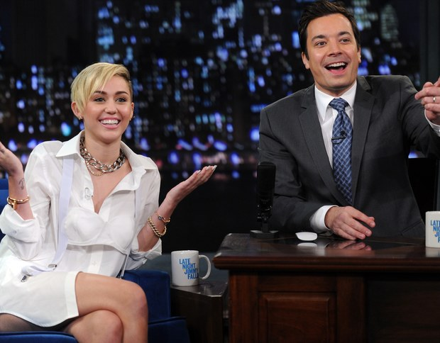 miley-cyrus-and-jimmy-fallon