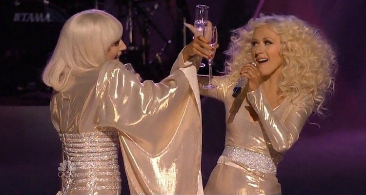 Lady-Gaga-Xtina-The-Voice-750x400