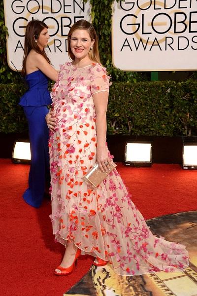 Drew Barrymore em Monique Lhullier