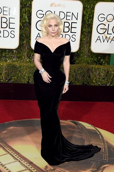 Lady Gaga em Atelier Versace