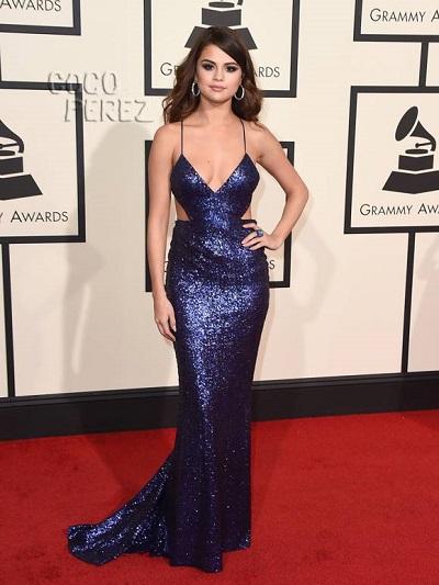 Selena Gomez em Calvin Klein