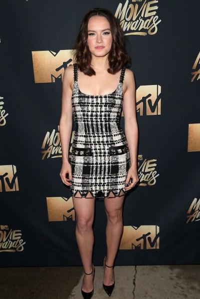 Daisy Ridley em Alexander Wang